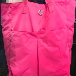 lululemon HOT PINK GYM TOTE BAG